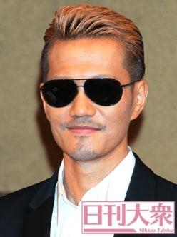 EXILE・ATSUSHI、いつもサングラスをかけている「意外な理由」