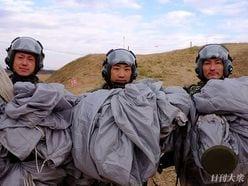 陸上自衛隊×グリーンベレー「厳戒の降下訓練」に密着