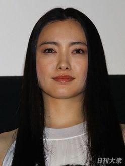 佐藤隆太だけじゃない「一人二役」が凄い実力派俳優たち