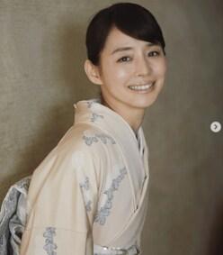 石田ゆり子、あでやかな着物姿に称賛の嵐! 「美しいってこういうこと」「毎日拝みたい」