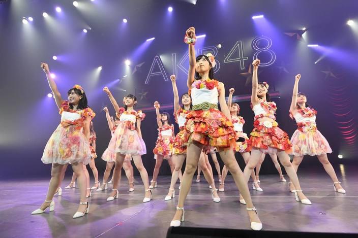 総監督・向井地美音と前総監督・横山由依の目に涙!「AKB48全国ツアー」が北海道で千秋楽【写真11枚】