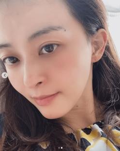 """田中理恵、すっぴん風ショットで""""顔面やけど""""の完治を報告"""