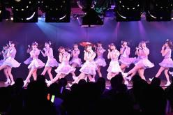 AKB48チーム8が新曲『好きだ 好きだ 好きだ』を初披露、全国ツアーの⽇程も発表【写真6枚】