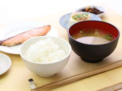 「ご飯と味噌汁」は、最高の長寿食だった!