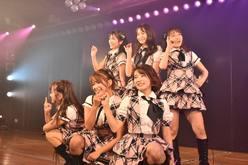 AKB48 9期生6名が集結!10周年を迎え、感動の涙【写真10枚】