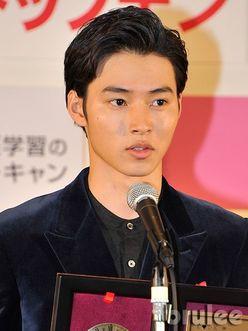 山﨑賢人『キングダム』の猛々しさが早くも大好評!!