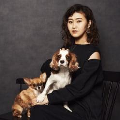 """村上佳菜子、""""家族写真""""に「世界一素敵」「ハリウッド女優みたい」の声"""