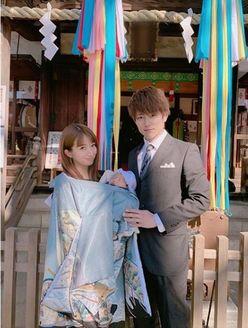 辻希美&杉浦太陽、幸せいっぱいの「お宮参りショット」を公開!