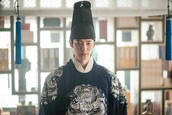 """元祖""""野獣アイドル""""2PM「演技ドル新四天王」ジュノの「仕草や視線の圧倒的色気」と「低音ボイス」!除隊後最新作は「ヒョンビンも演じた朝鮮王朝の名君」イ・サン!"""