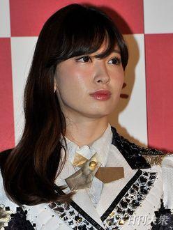 """小嶋陽菜は「一番最悪な女です」おぎやはぎの""""こじはる評""""が話題に"""