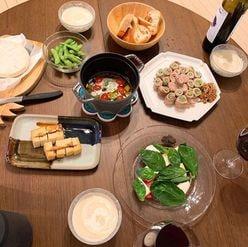"""小島瑠璃子の""""意外な料理の腕前""""に驚嘆! 「誰と食べるんだ?」との声も"""