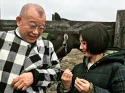 『鶴瓶の家族に乾杯』、吉岡里帆の街ロケが大好評 「コミュ力、ハンパない!」