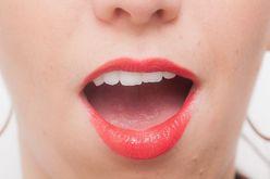 カギは唾液!「イヤな口臭」を日常的に防ぐためには