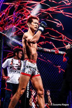 沖縄で格闘技を盛り上げるファイターのもうひとつの顔(前編)