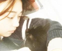 森川葵「部屋着&腕枕」のプライベートショットに反響