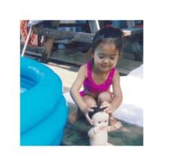 藤田ニコル、2歳半の幼少期写真に「天使」「キュン死にする」とファン悶絶