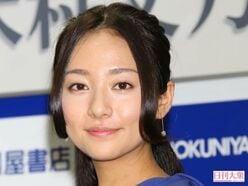 木村文乃、V6岡田准一から「絶対入ってるように見えない」「セクシーに!」助言