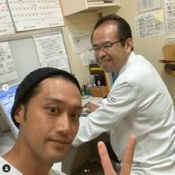 内田朝陽、「脳腫瘍」を患っていた
