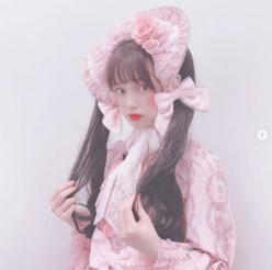 弘中綾香アナ、初のツインテ&ロリータ姿に「これはやばい」「ありえん」
