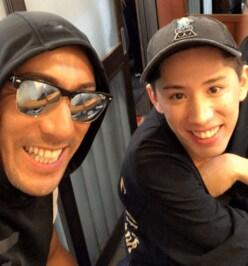 市川海老蔵、ONE OK ROCK ・Takaと「築地で朝飯デート」