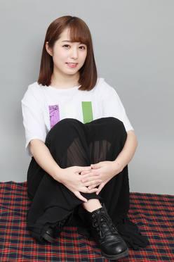 現役アイドル前田美里が坂道シリーズの『NHK紅白歌合戦』を語り尽くす!【写真28枚】