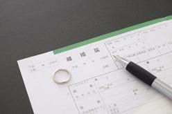 小室哲哉が提示した生活費は「月8万円」!?「ドロ沼離婚裁判」芸能人