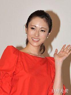 深田恭子が一番? 和田アキ子超えの「デカ足芸能美女」を検証!