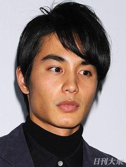 剃髪に肉体改造…ストイックに役作りに励む俳優・中村蒼の評価が急上昇