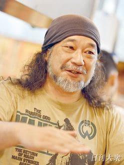 小野瀬雅生(クレイジーケンバンド)「現役ギタリストとして、100歳までステージに立っていたい」現役を貫く人間力