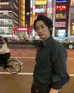 """ディーン・フジオカ、""""夜の歌舞伎町""""を徘徊"""