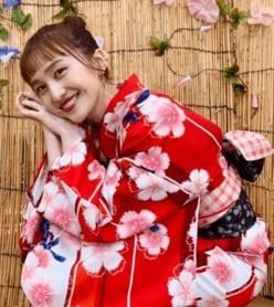 """百田夏菜子、""""オン眉前髪""""の浴衣姿に「えぐかわ」「ばぶみが強い」の声"""