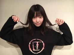 島崎遥香、黒髪ヘアチェンジに反響!「最強」「天使」と称賛続々