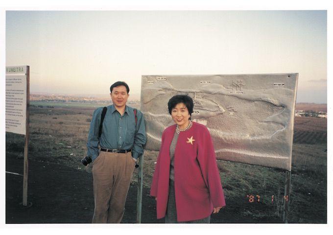 『小池百合子 写真集』発売! 25年間の初プライベート姿が満載の画像006