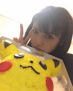 「ピカチュウよりかわいいなんて罪」 道重さゆみ、30歳誕生日写真に反響!