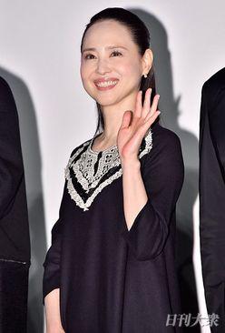 松田聖子、シンガポール俳優からのベッドルームの告白に赤面?