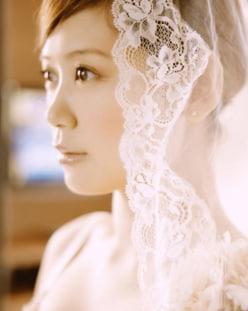 絢香、結婚10周年! 花嫁ショットが「キレイすぎて泣ける」と反響