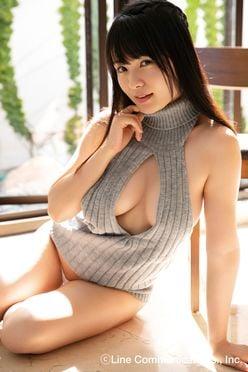 星名美津紀「DT殺し」のセーター姿で、健全な青少年を誘惑!?【写真8枚】