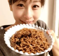 """加藤綾子、""""匂わせ投稿""""に""""すっぴん異変""""!?「涙袋パンパン」"""