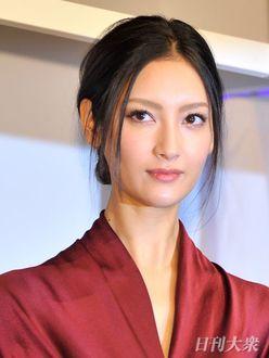 """北川景子、菜々緒など""""猫系女子""""は愛され上手だった?"""