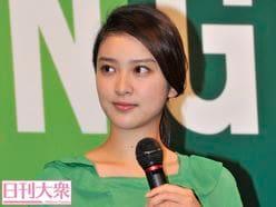 武井咲が出演した「ハズキルーペ」新CMに違和感!?「若々しいのに変」