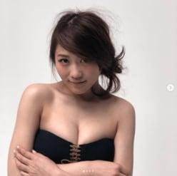 元AKB48西野未姫、激変ボディで胸の谷間あらわに