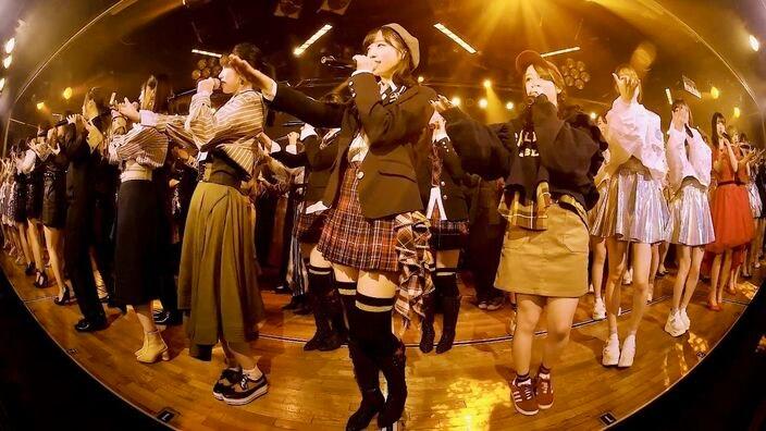AKB48グループ初、劇場公演のVRライブ配信を「LiVR」で2月3日に提供開始【写真14枚】