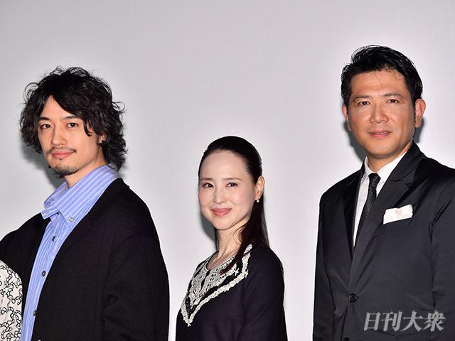 松田聖子、シンガポール俳優からのベッドルームの告白に赤面?の画像004