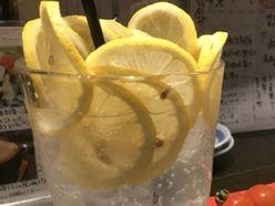 レモンサワーブームの次はコレ!?「ストロングゼロ女子」大増殖のワケ