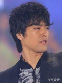 桐谷健太は?『NHK紅白歌合戦』に出場を果たした異色歌手列伝