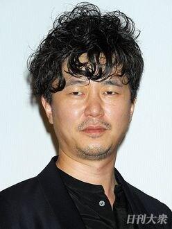 新井浩文が「女性に聞いた話」に、チュートリアル徳井義実が動揺!?