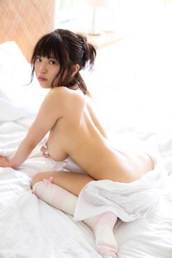 麻亜子「完璧ボディ」のバストはたっぷたぷ!【写真15枚】