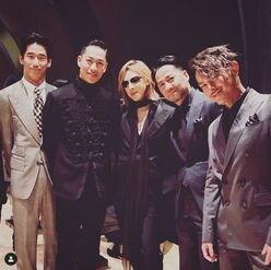 "X JAPAN・YOSHIKI、""EXILE一族""に加入!? 超豪華ショット公開も「ごめんなさい」"