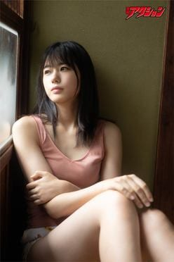STU48瀧野由美子が『漫画アクション』の表紙巻頭グラビアに登場!【写真7枚】