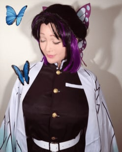 叶美香、新たな『鬼滅の刃』コスプレ公開!次回『刀剣乱舞』予告も苦戦中!?